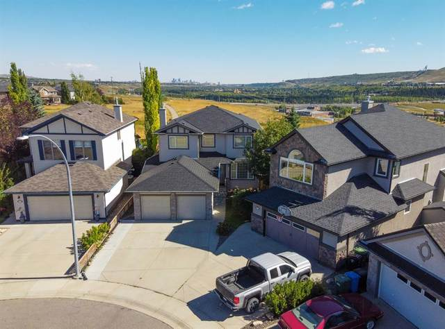 36 Tuscany Ravine Point NW, Calgary, AB T3L 2Y6 (#A1042321) :: Canmore & Banff