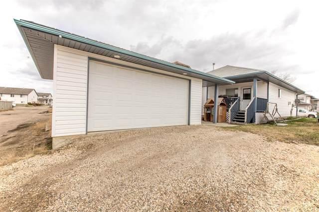 9438 Lakeland Drive, Grande Prairie, AB T8X 1N5 (#A1044465) :: Canmore & Banff