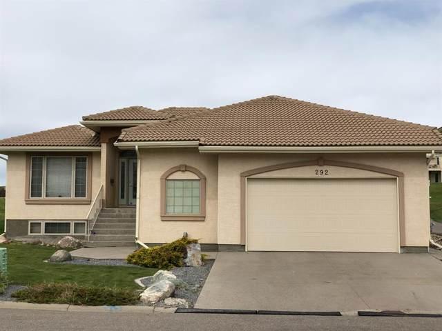 292 Canyon Boulevard W, Lethbridge, AB T1K 6Y2 (#A1074798) :: Calgary Homefinders
