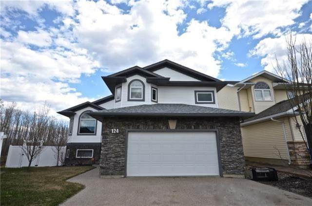 124 Wilson Bay, Fort Mcmurray, AB T9H 5R4 (#A1092198) :: Calgary Homefinders