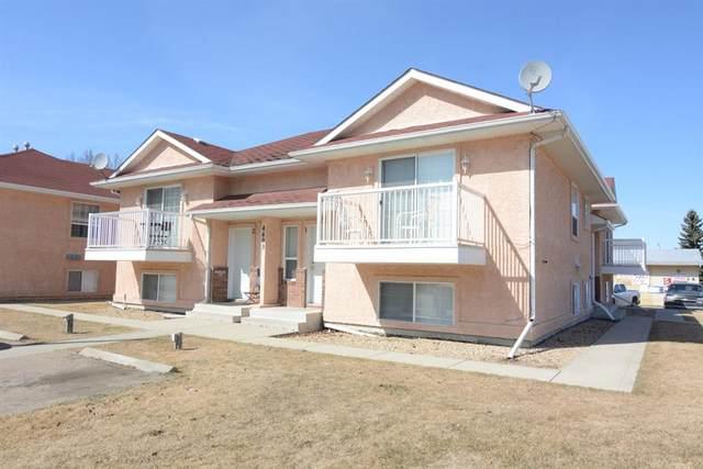 4403-4405 46 Avenue, Sylvan Lake, AB T4S 1W7 (#A1094861) :: Calgary Homefinders