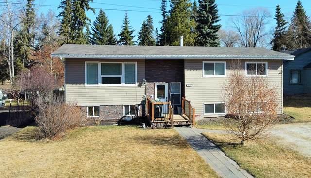4512 37 Avenue, Ponoka, AB T4J 1A4 (#A1096108) :: Redline Real Estate Group Inc