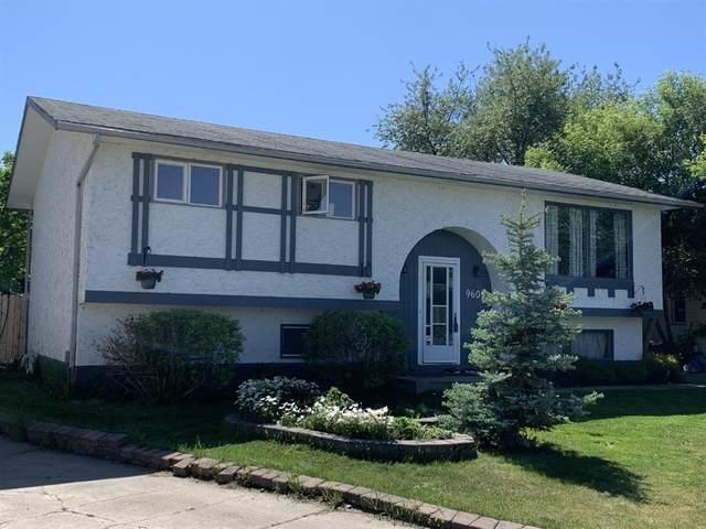9605 75 Avenue, Peace River, AB T8S 1E1 (#A1099512) :: Calgary Homefinders