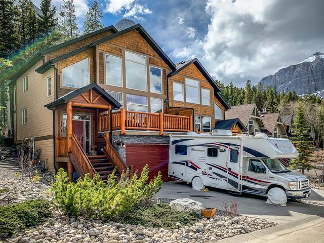 1101 Wilson Way, Canmore, AB T1W 3C5 (#A1103815) :: Canmore & Banff
