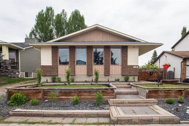 12 Wood Crest Close SW, Calgary, AB T2W 3P9 (#A1110425) :: Calgary Homefinders