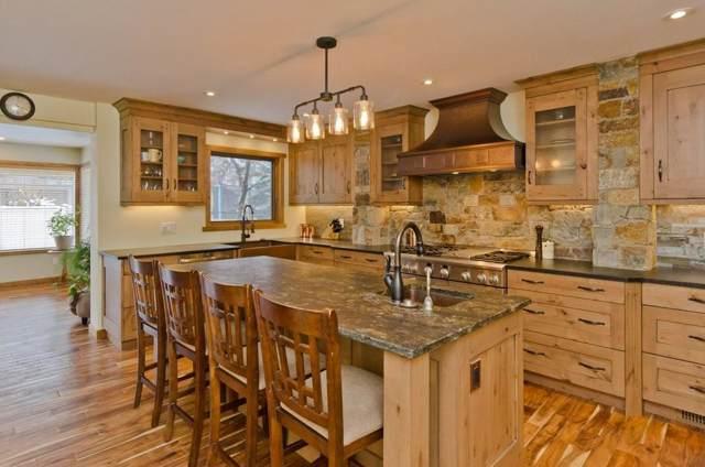 96 Sanderling Close NW, Calgary, AB T3K 2Z7 (#C4275696) :: Virtu Real Estate