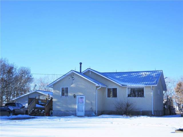 28401 581 Highway, Rural Mountain View County, AB T0M 0N0 (#C4283067) :: The Cliff Stevenson Group