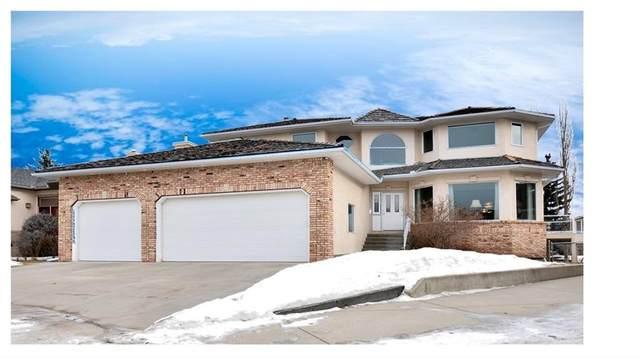18 Silver Creek Manor NW, Calgary, AB T3B 5L3 (#C4283397) :: The Cliff Stevenson Group