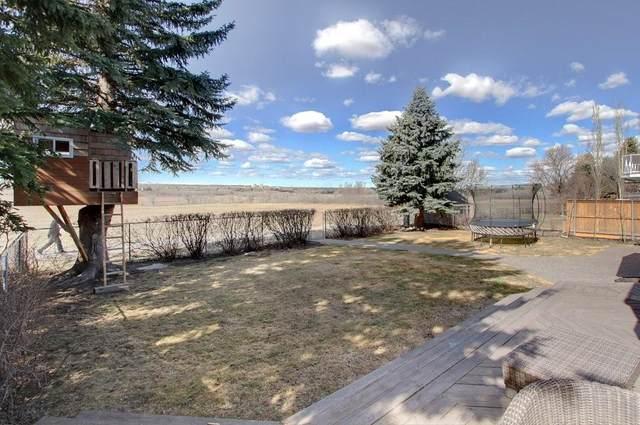 323 Parkview Crescent SE, Calgary, AB T2J 4N8 (#C4286132) :: Calgary Homefinders