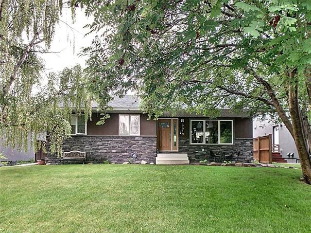 3319 Caribou Drive NW, Calgary, AB T2L 0S4 (#C4292768) :: Canmore & Banff