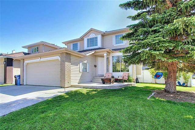 167 Riverview Close SE, Calgary, AB  (#C4302843) :: Canmore & Banff