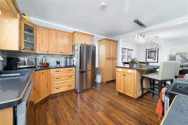 228 34 Avenue NE, Calgary, AB T2E 2J5 (#C4305651) :: Redline Real Estate Group Inc