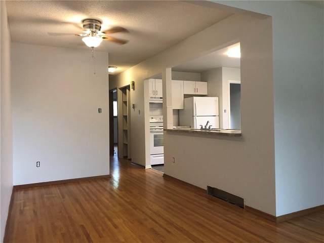 2847 2849 39 Street SW, Calgary, AB T3W 3G8 (#C4305764) :: Redline Real Estate Group Inc