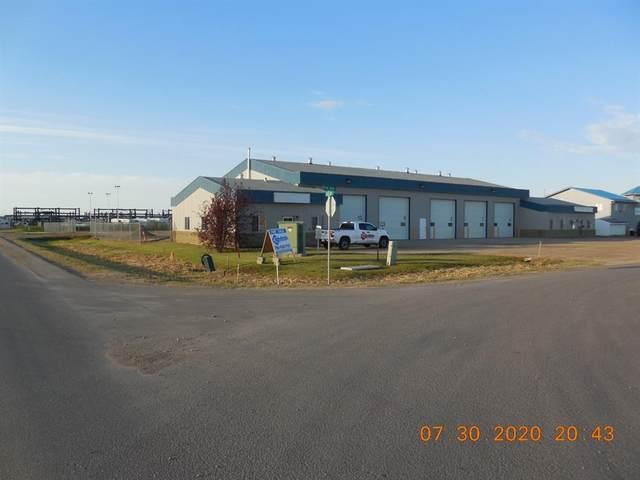 12238 104 Avenue A/B, Grande Prairie, AB T8V 8B7 (#GP211886) :: Canmore & Banff