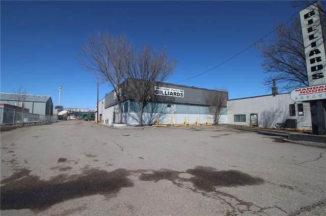 3715 Edmonton Trail NE, Calgary, AB  (#C4290164) :: Team J Realtors