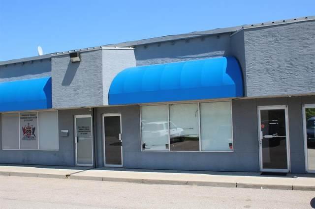 3208 8 Avenue NE #110, Calgary, AB T2A 7V8 (#C4296901) :: Calgary Homefinders
