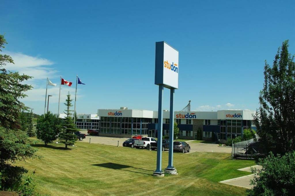 8024 Edgar Industrial Crescent - Photo 1