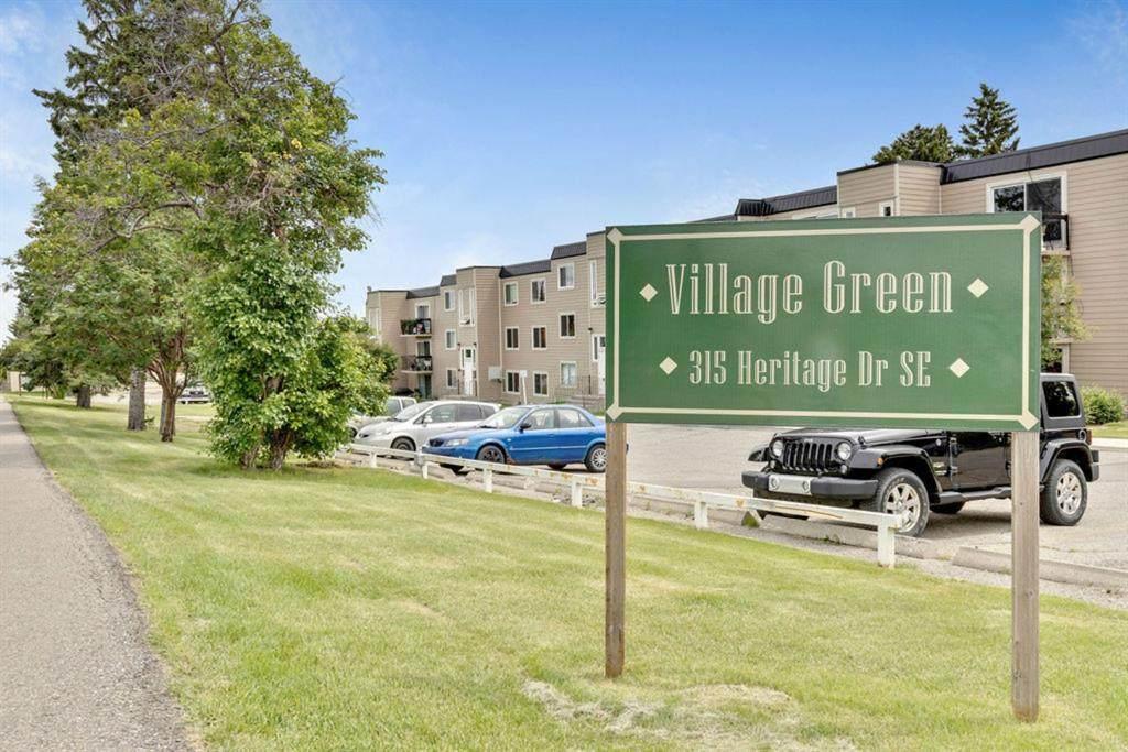 315 Heritage Drive - Photo 1