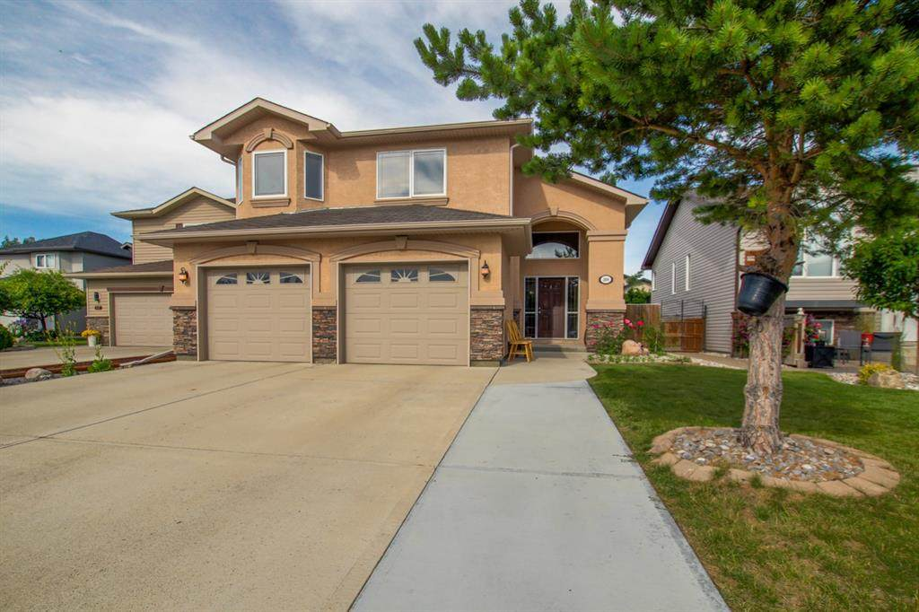 208 Grizzly Bay - Photo 1