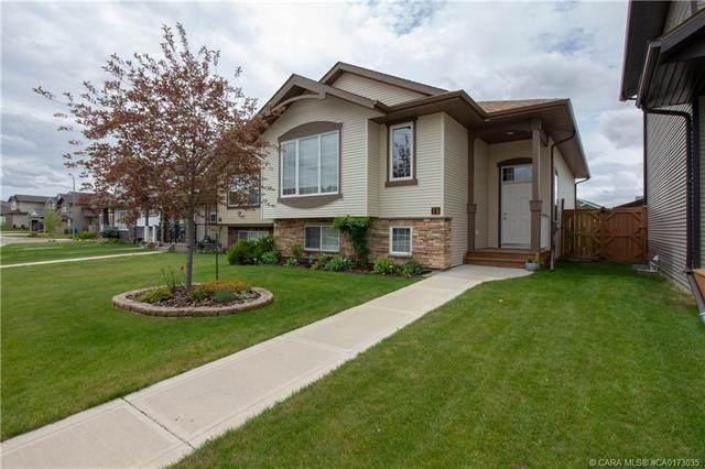 10 Trimble Close, Red Deer, AB T4P 0N5 (#A1016985) :: Canmore & Banff