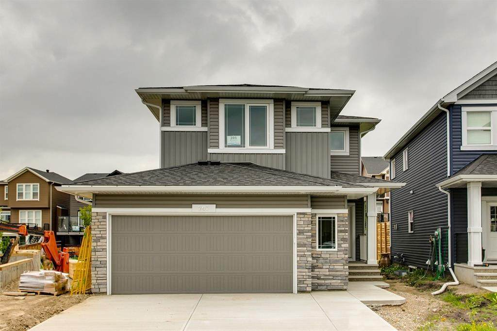 201 Ravenstern Crescent - Photo 1