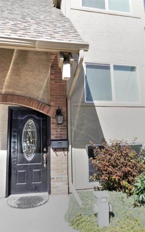 2212 Paliswood Road SW #5, Calgary, AB T2V 5E8 (#A1020173) :: Redline Real Estate Group Inc