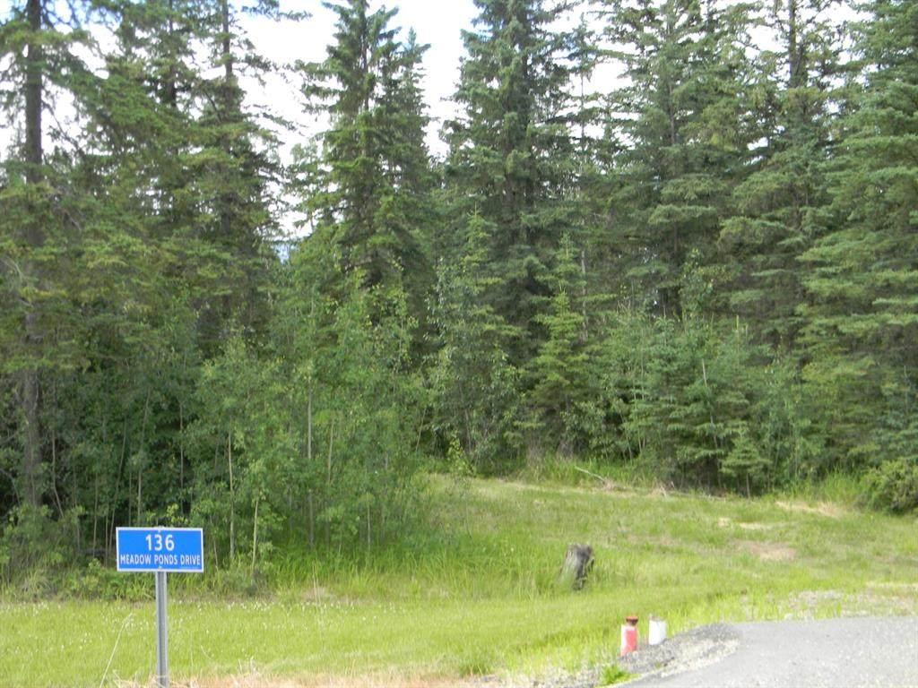 136 Meadow Ponds Drive - Photo 1
