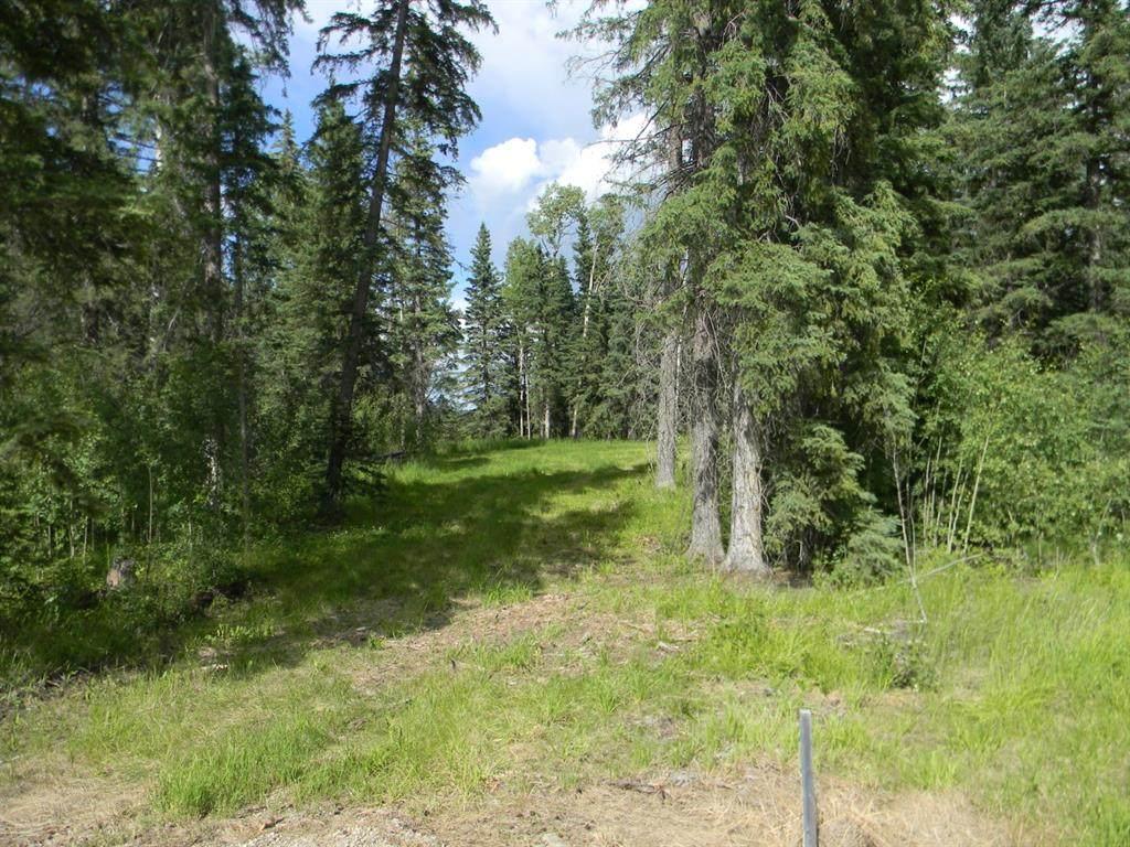 124 Meadow Ponds Drive - Photo 1