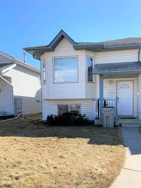 9739 124 Avenue, Grande Prairie, AB T8V 7K8 (#A1022040) :: Canmore & Banff