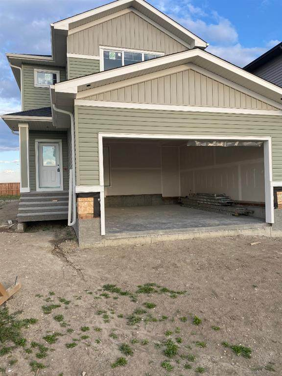 843 Hampshire Crescent, High River, AB T1V 0E3 (#A1023430) :: Redline Real Estate Group Inc