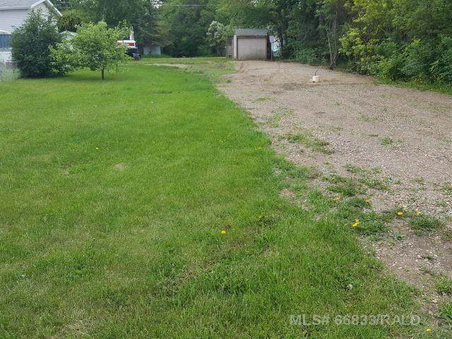207 1ST STREET WEST Street - Photo 1