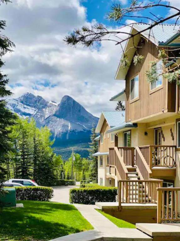 1000 Harvie Heights Road #406, Harvie Heights, AB T1W 2W2 (#A1031279) :: Canmore & Banff