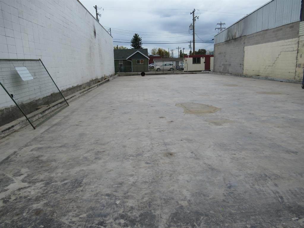 5106 50 Street - Photo 1