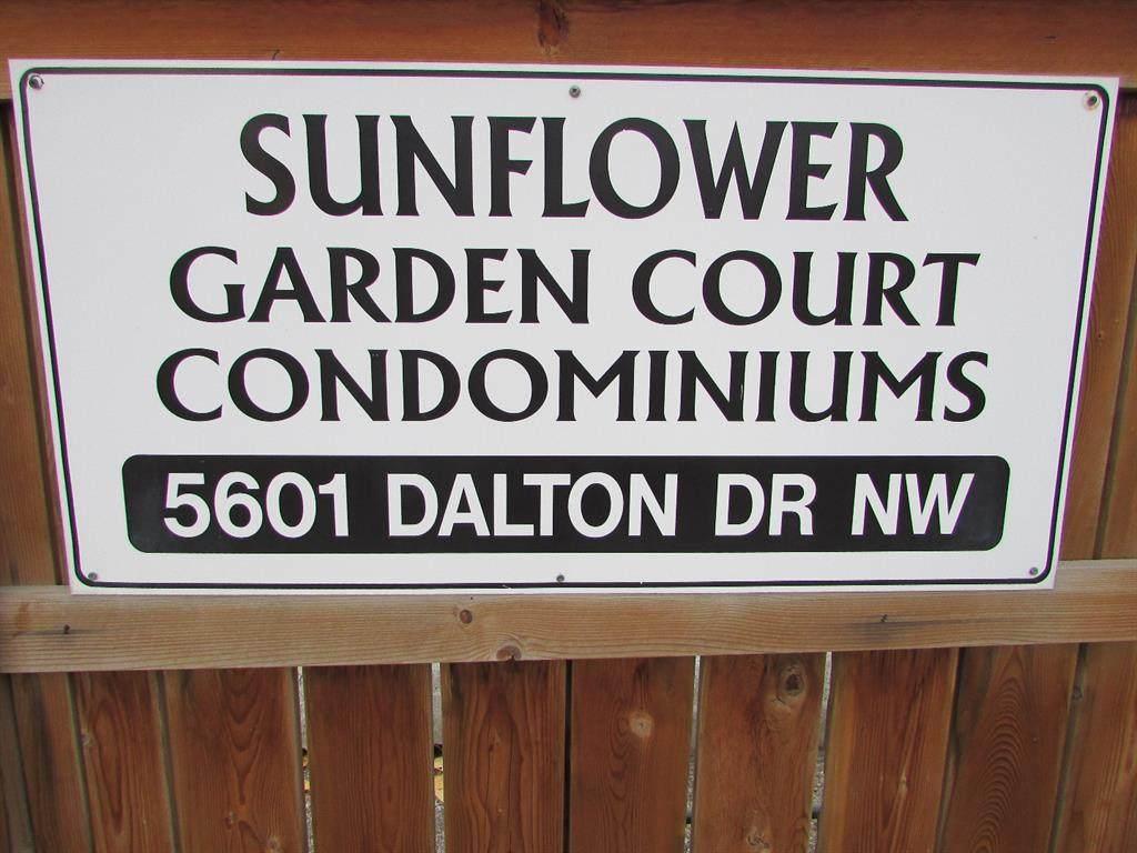 5601 Dalton Drive - Photo 1