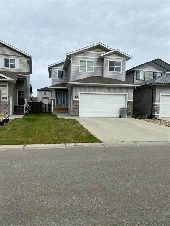 8822 87 Avenue, Grande Prairie, AB T8X 0H2 (#A1039710) :: Team Shillington | Re/Max Grande Prairie