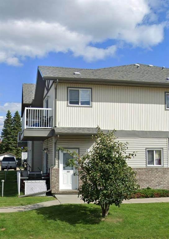 10136 102 Avenue, Grande Prairie, AB T8V 1A5 (#A1040565) :: Canmore & Banff