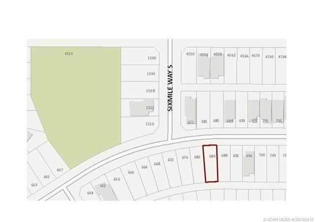 684 Sixmile Crescent S, Lethbridge, AB T1K 6Z9 (#A1040717) :: Canmore & Banff