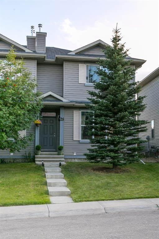 47 Covehaven Mews NE, Calgary, AB T3K 0E2 (#A1042029) :: Canmore & Banff