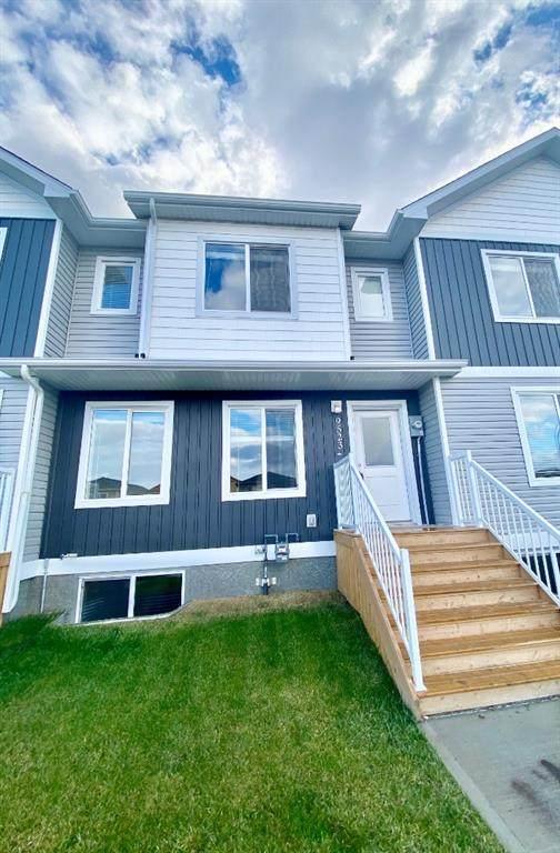 9523 112 Avenue C, Clairmont, AB T8X 5C5 (#A1042098) :: Canmore & Banff