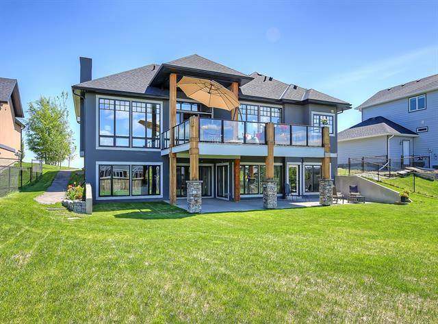 977 East Lakeview Road, Chestermere, AB T1X 1R2 (#A1042443) :: Redline Real Estate Group Inc