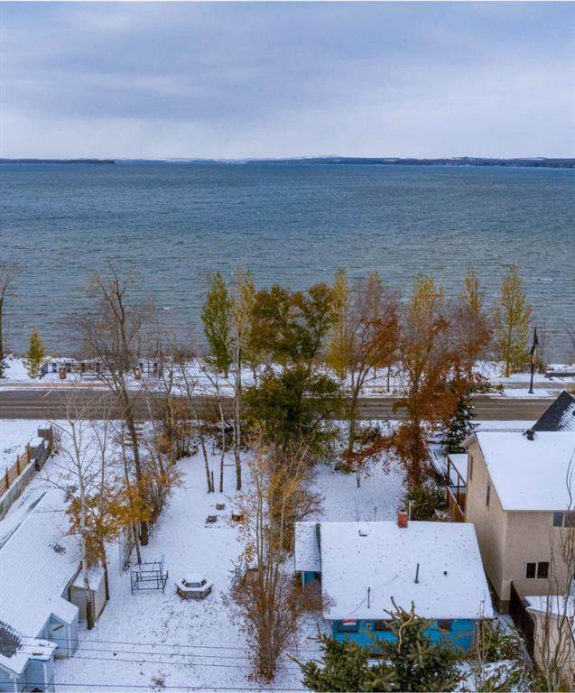 3607 Lakeshore Drive, Sylvan Lake, AB T4S 1B4 (#A1044833) :: Redline Real Estate Group Inc