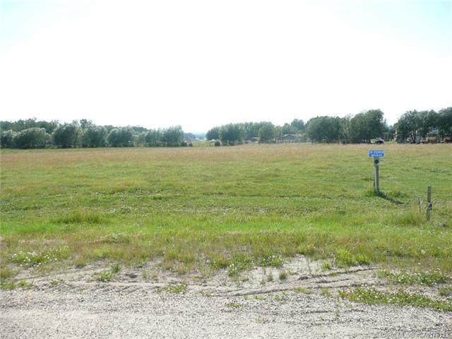 253050 Township Road 424, Rural Ponoka County, AB T4J 1R1 (#A1052684) :: Western Elite Real Estate Group