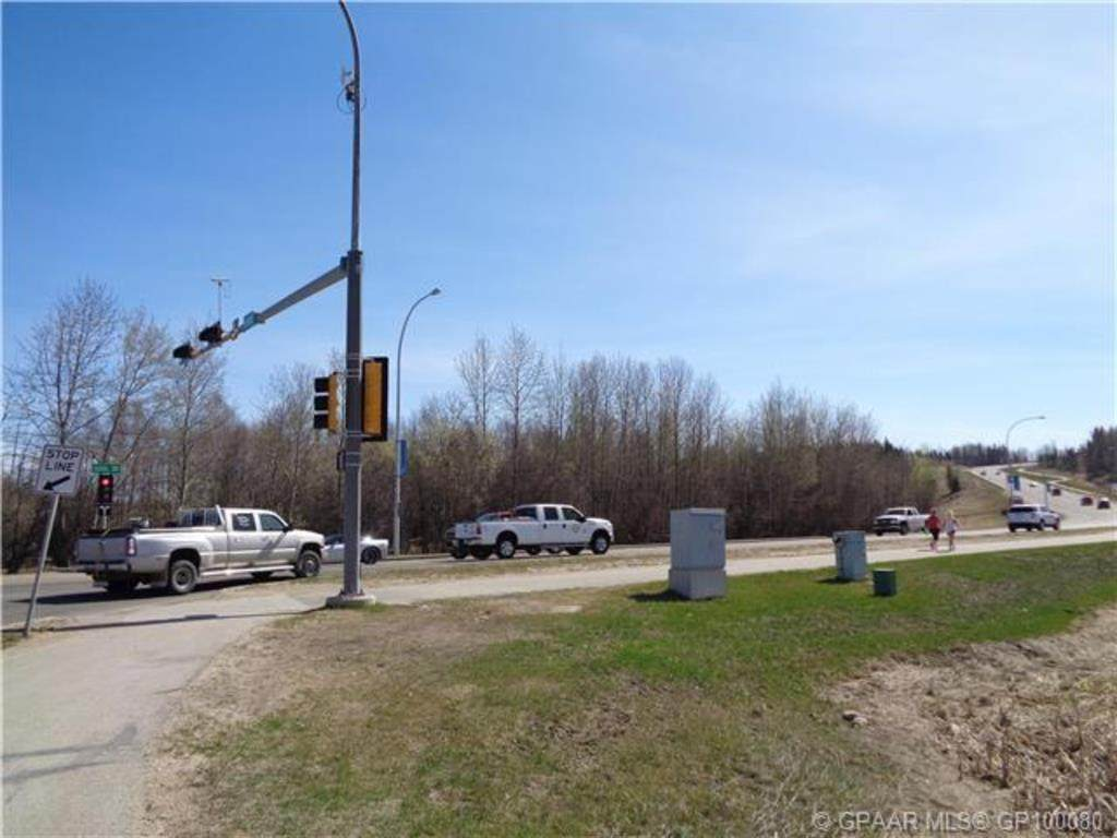 49 Ave and Dahl Avenue - Photo 1