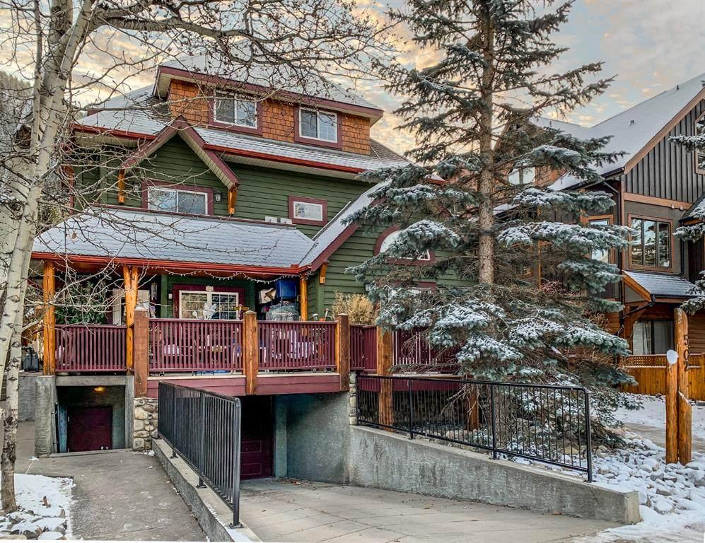 502 Banff Avenue - Photo 1