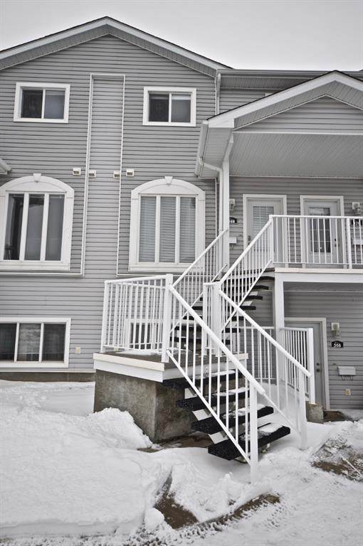 368 Northlands Pointe NE, Medicine Hat, AB T1C 0C4 (#A1056963) :: Calgary Homefinders