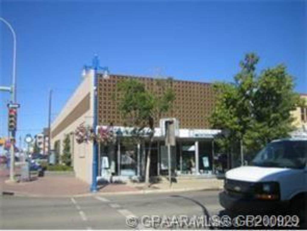 9934 100 Avenue - Photo 1
