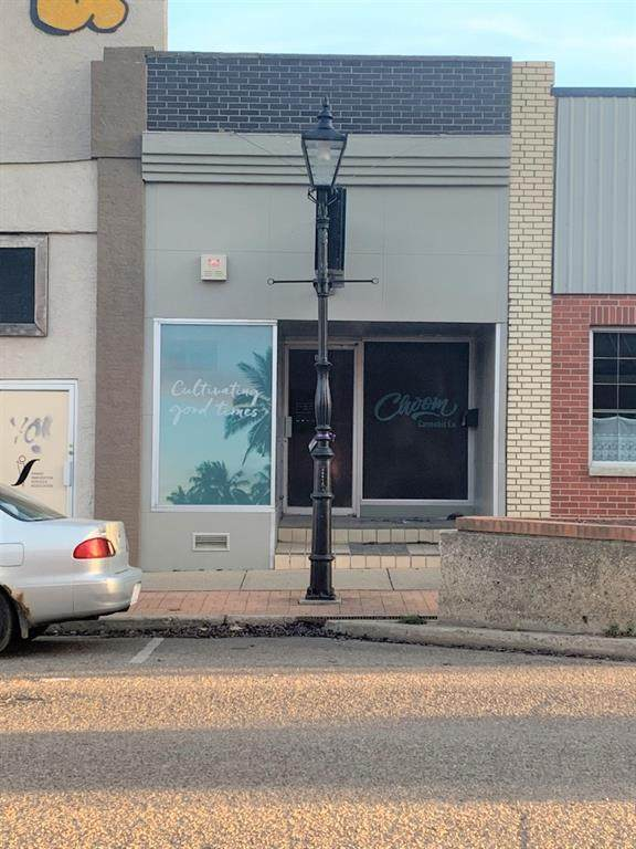 643 3 Street - Photo 1