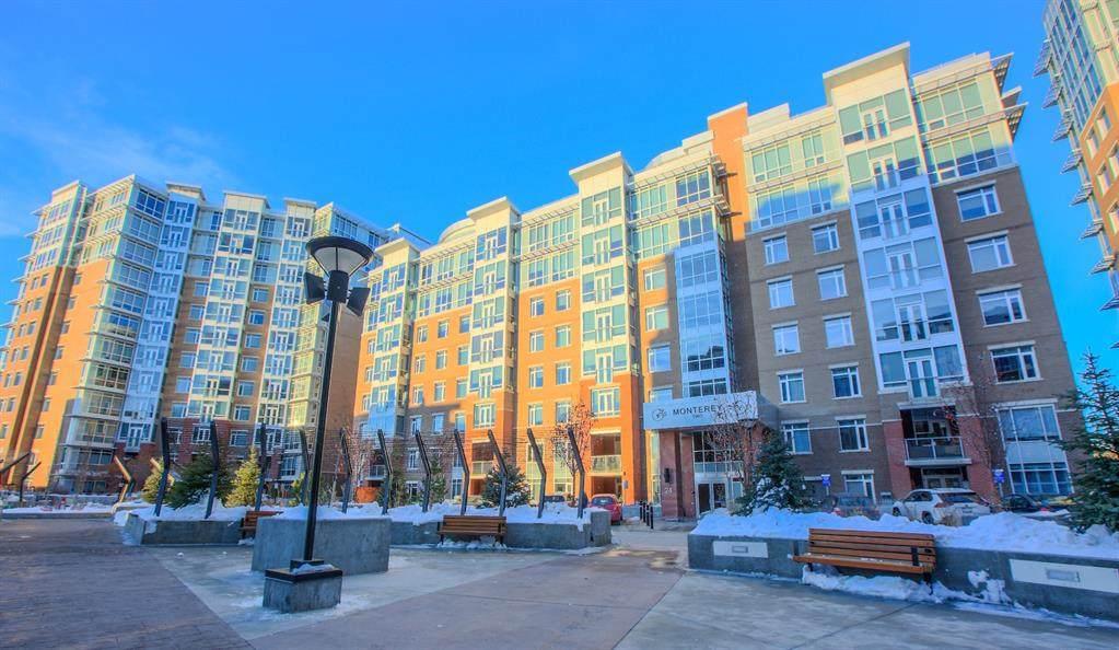 24 Varsity Estates Circle - Photo 1
