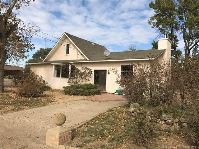 616 2 Street W, Bow Island, AB T0K 0G0 (#A1066321) :: Redline Real Estate Group Inc