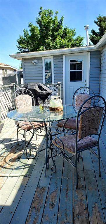 5301 2 Street #53, Coalhurst, AB T0L 0V0 (#A1073057) :: Calgary Homefinders